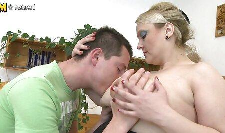Femei Mature vor fi filmexxx cu mame futute de un baiat si o fata