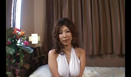 Kralu slim filmexxx cu mamici casă cu bouncy Naturale țâțe