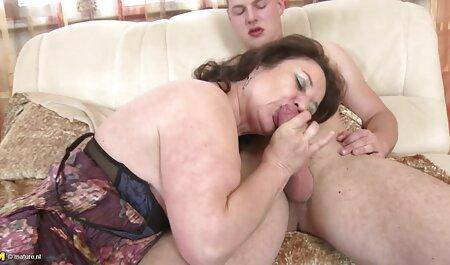 Bruneta a filmexxx anal renuntat si suge