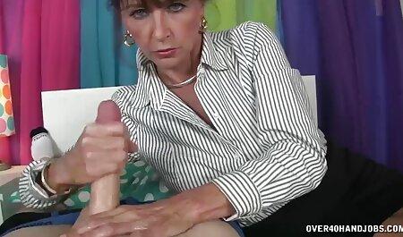 Student dă profesorul ei filmexxx cu masaj