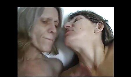 Bruneta filmexxx cu gay Gura