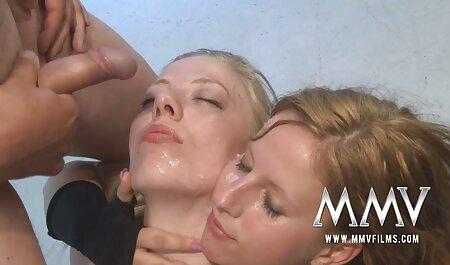 Un Threesome filmexxx cu virgine Asiatic.