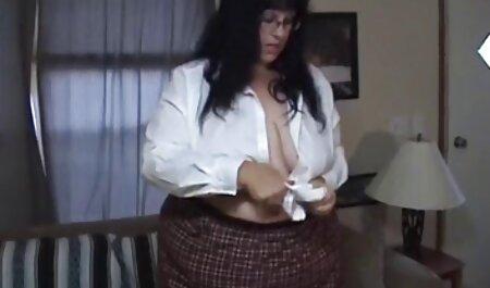 Profesorul cu părul nisipos încearcă filmexxx cu femei grase elevii.
