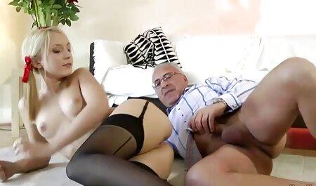 Dulce atractiv atletic filmexxx cu tite mari vagin pe sculă mare și neagră
