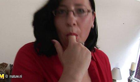 Lesbienele slabe își permit să facă un duș filmexxx in familie de aur.