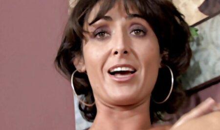 Sex in grup filmexxx cu masaj cu o menajera si un cuplu