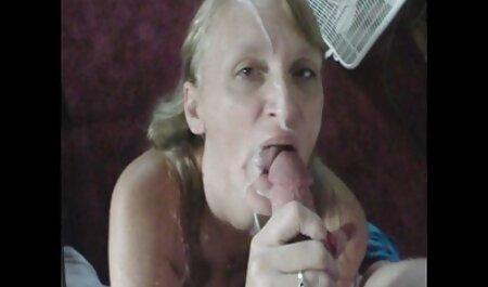 Gura lucrat și fundul filmexxx cu mosi căluș în gură