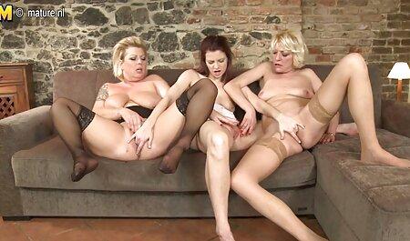 Doi filmexxx cu flocoase tipi dracului o junincă, și a masturbat cu picioarele.