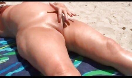 Picant Blonda amintiri filmexxx cu lezbiene despre sex în piscină