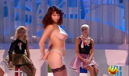 Dansul la masă este un filmexxx cu lesbiene început bun pentru a face dragoste
