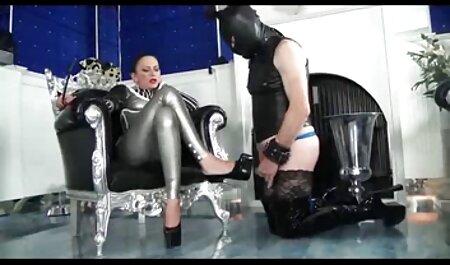 Busty fata filmexxx cu alina plugaru linge iubiți musculos Cocoș