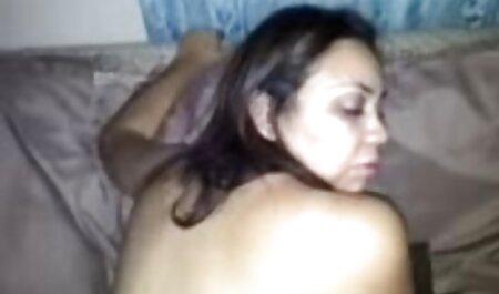 Acesta este modul în care acestea filmexxx cu amatoare iau virginitatea anală